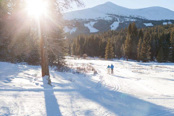 Cozy Colorado Mountain Wedding Inspiration - Colorado Wedding Photographer