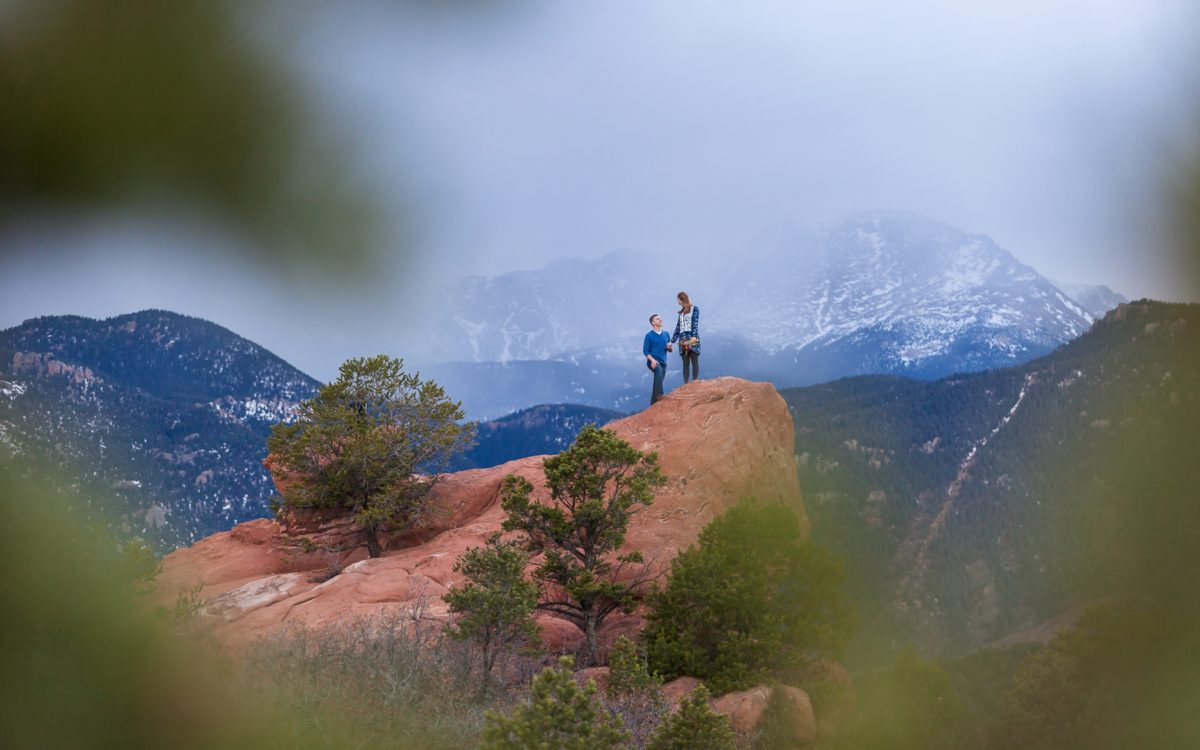 Garden of the Gods Engagement | Blue Skies in Colorado