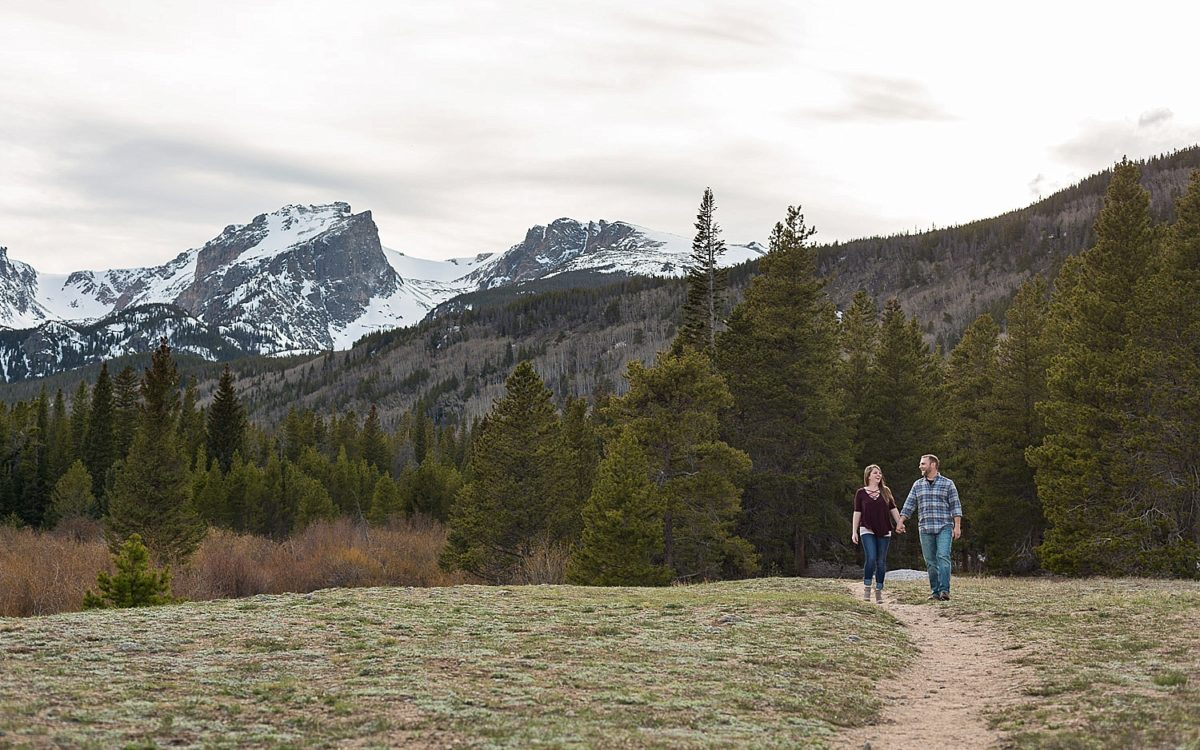 Jess and Ryan's Romantic Rocky Mountain National Park Engagement