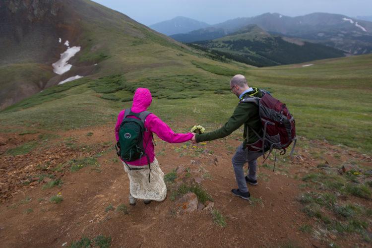 colorado mountain elopement photographer adventurous wedding